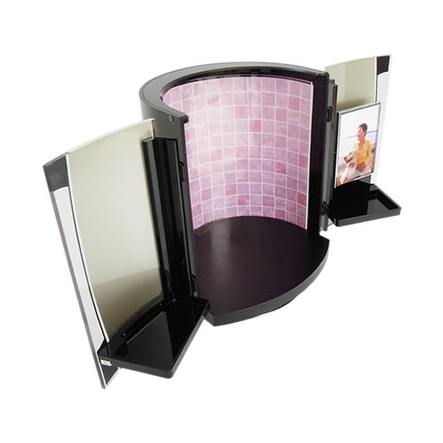床面には燃えない不燃材を使用している、日本製の安心安全仏壇です。